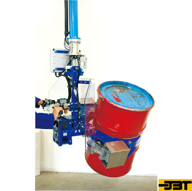 Assistant Manipulator for Oil Drum